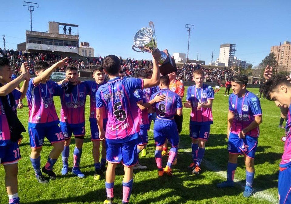 Universitario (reserva), campeón del Torneo de la LVF